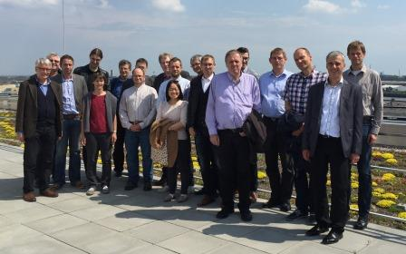 Mitglieder des DVW-AK3 auf dem Dach der HCU