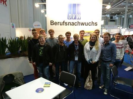 Studenten der Hochschule Anhalt auf der Intergeo2016 in Hamburg