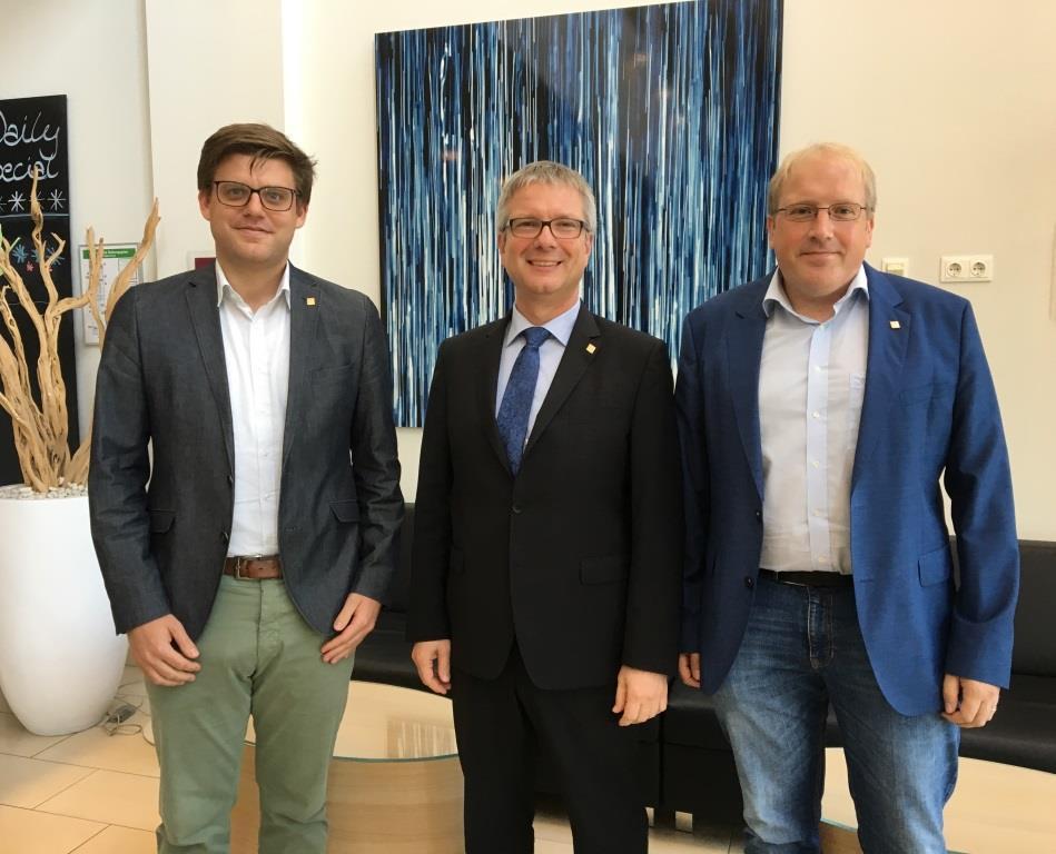 DVW-Präsident Kutterer begrüßt neue Vertreter zur DVW-Mitgliederversammlung