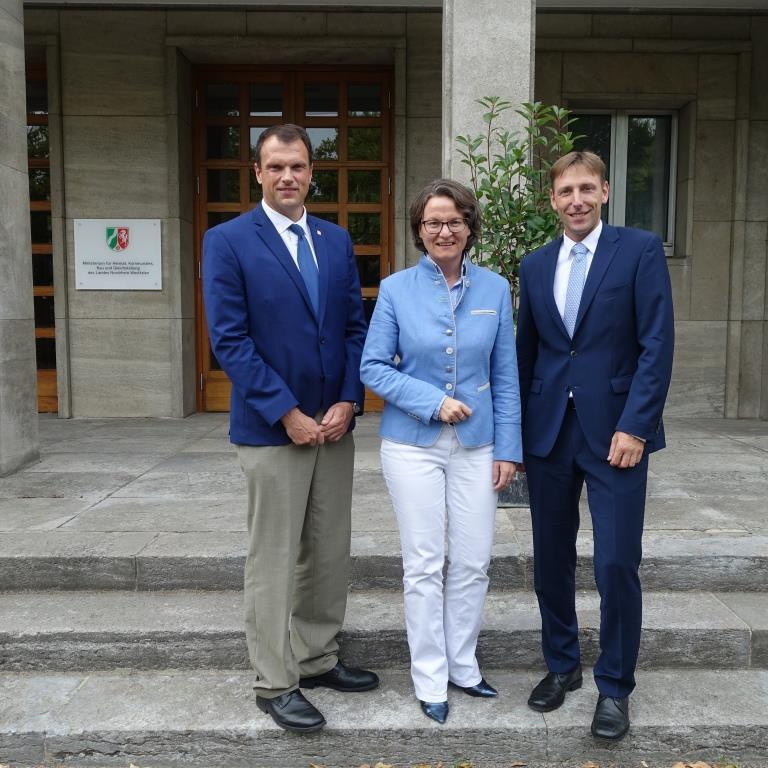 Geodäsie-Verbände NRW führen Gespräch mit Ministerin Scharrenbach (MHKBG)