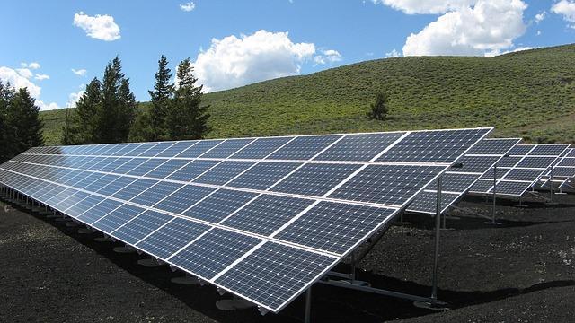 DVW-Merkblatt erschienen - Thema: Bebauungsplanung für Freiflächen-Photovoltaik-