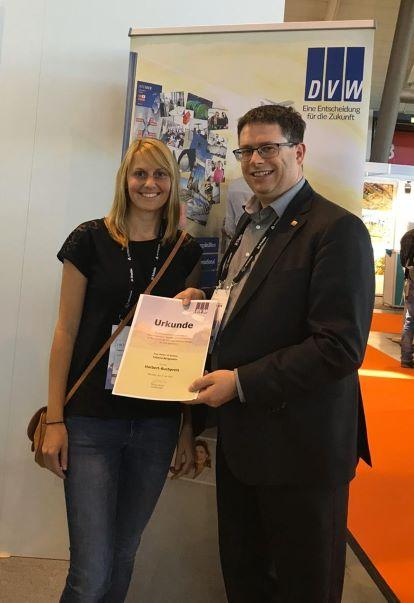 Harbert-Buchpreis an bayerische Absolventen (Bild: © D. Mesch, DVW)